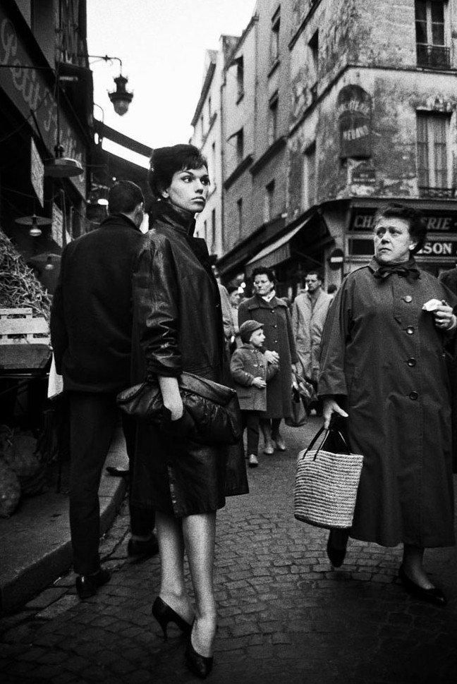 NANA-Marche-Lepic-Paris-1960